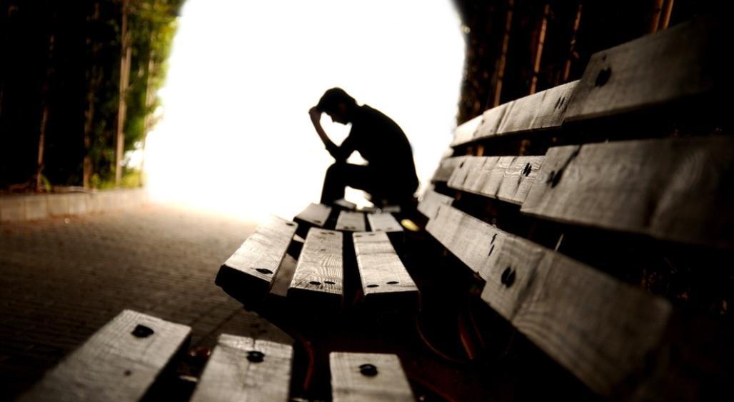Depresja po udarze mózgu – przyczyny objawy i wpływ na rehabilitację