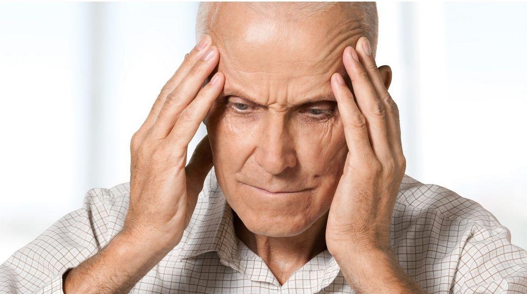 TIA (chwilowy udar niedokrwienny) – objawy, przyczyny, diagnostyka, leczenie