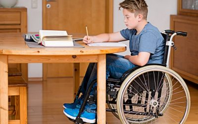Jaki wybrać wózek inwalidzki dla dziecka z niepełnosprawnością