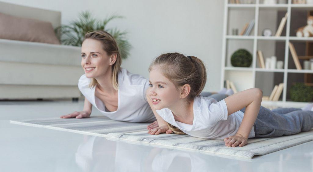 Wady postawy u dzieci – Poznaj 10 rad, które zachęcą dziecko do ćwiczeń